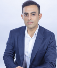 Book an Appointment with Dr. Sirus Vakilian for Chiropracty